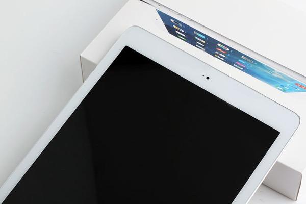 t_Apple iPad Air II - 3