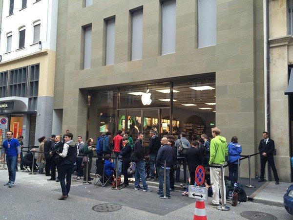 10926_suissse-quelques-photos-de-l-ouverture-de-l-apple-store-de-bale