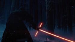 Star-Wars-Force-Awakeness-ligthsabre-002