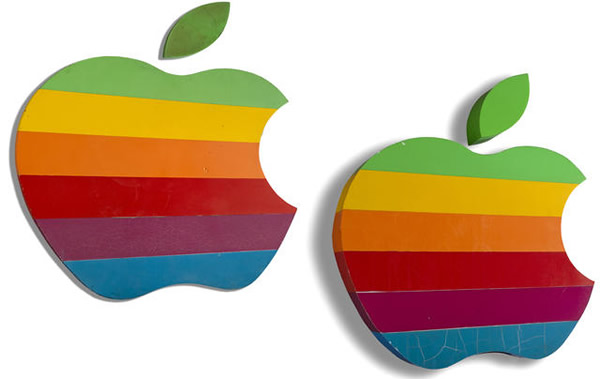 apple_rainbow_signs_auction2