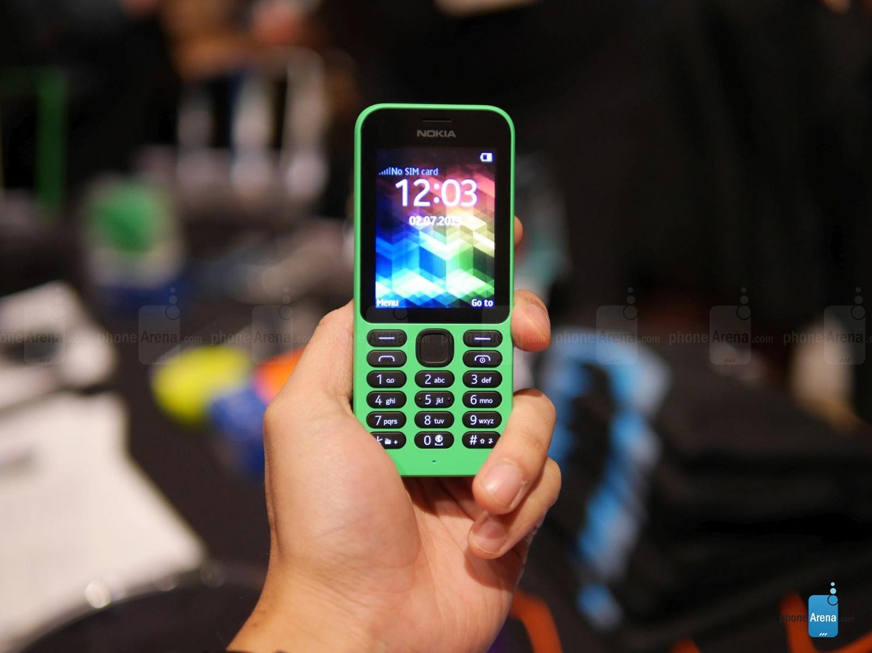 Nokia-215-hand-on